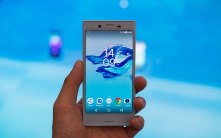 Sony-Xperia-X-Compact-Hands-On-2-840x560
