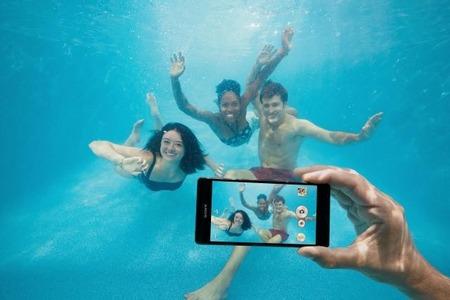ソニーモバイル「Xperia Z5はIP68の防水対応だが水中撮影をしないでくれ。それで故障しても補償は無効」