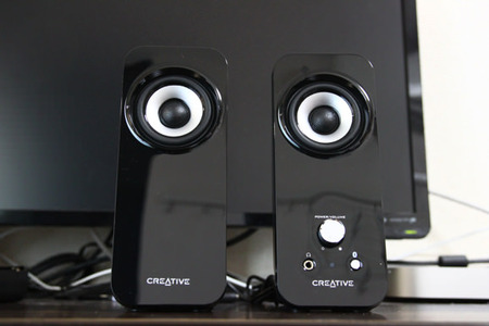 Creative-T12-Wireless-17