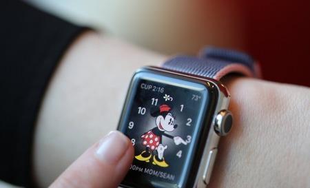 160916145557-apple-watch-series-2-photo-780x439
