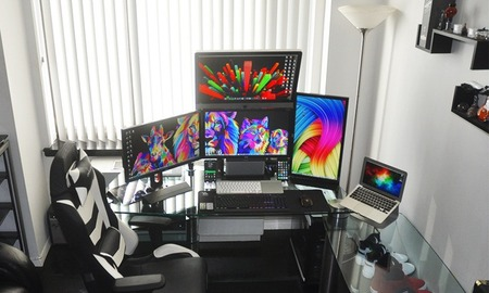PC_Desk_MultiDisplay66_01