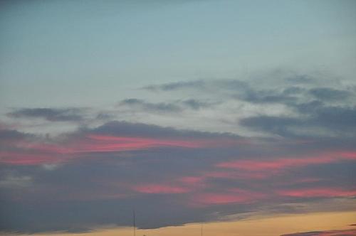 ピンクの空