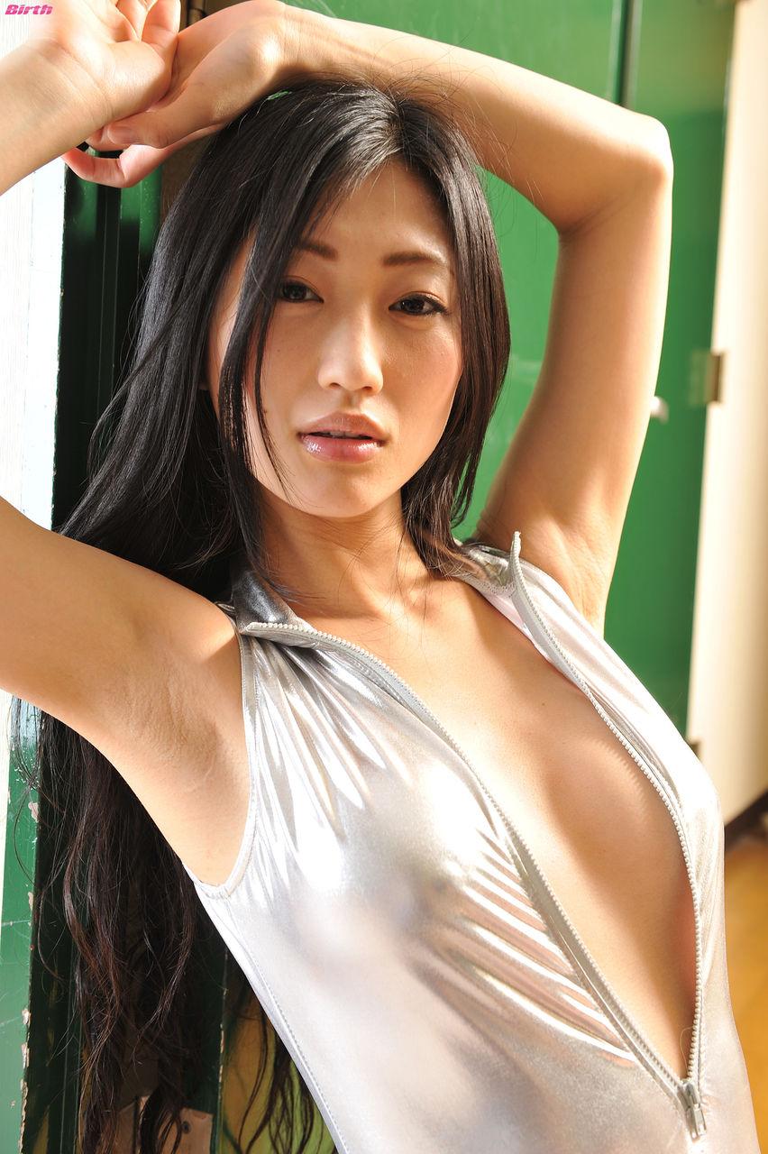http://livedoor.blogimg.jp/idlekun-cutenadeshiko/imgs/7/0/70072bcb.jpg