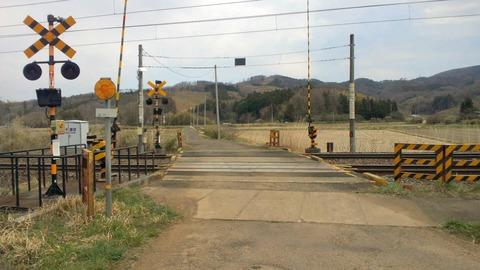 東北本線鹿の子踏切X1方向1