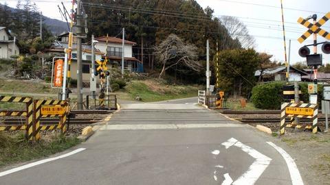 東北本線奥州街道斎川踏切X2方向1