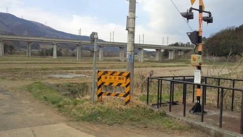 東北本線鹿の子踏切X1方向2