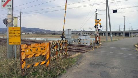 東北本線坂谷踏切X1方向2