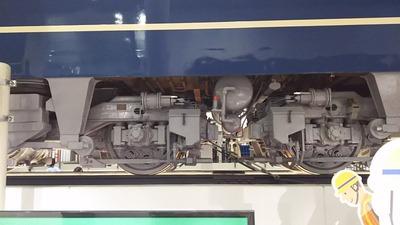27-EF66台車廻り5