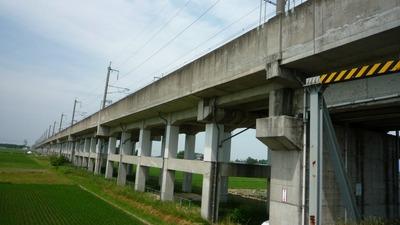 東北新幹線高架橋脚A