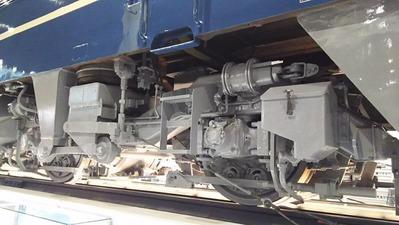 30-EF66反対側台車廻り1面1