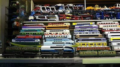 隣のおっちゃん部屋謎のダイキャスト鉄道模型1
