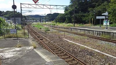 東北本線松島駅カーブホーム1