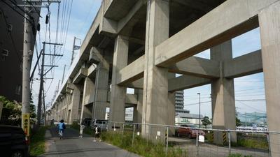 東北新幹線高架橋脚D