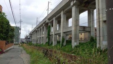 東北新幹線高架橋脚E