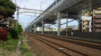 東北新幹線高架橋脚H
