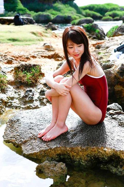 石田亜佑美 画像015
