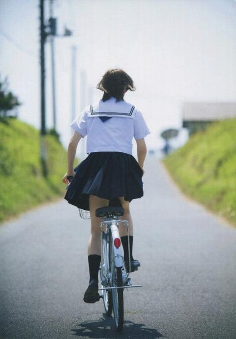 太田夢莉 画像003