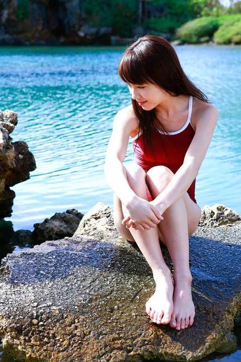 石田亜佑美 画像011