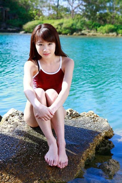 石田亜佑美 画像012