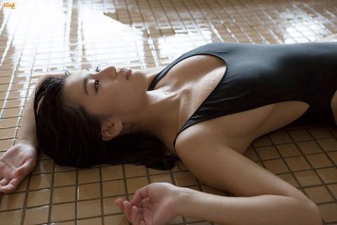 高崎聖子 画像072
