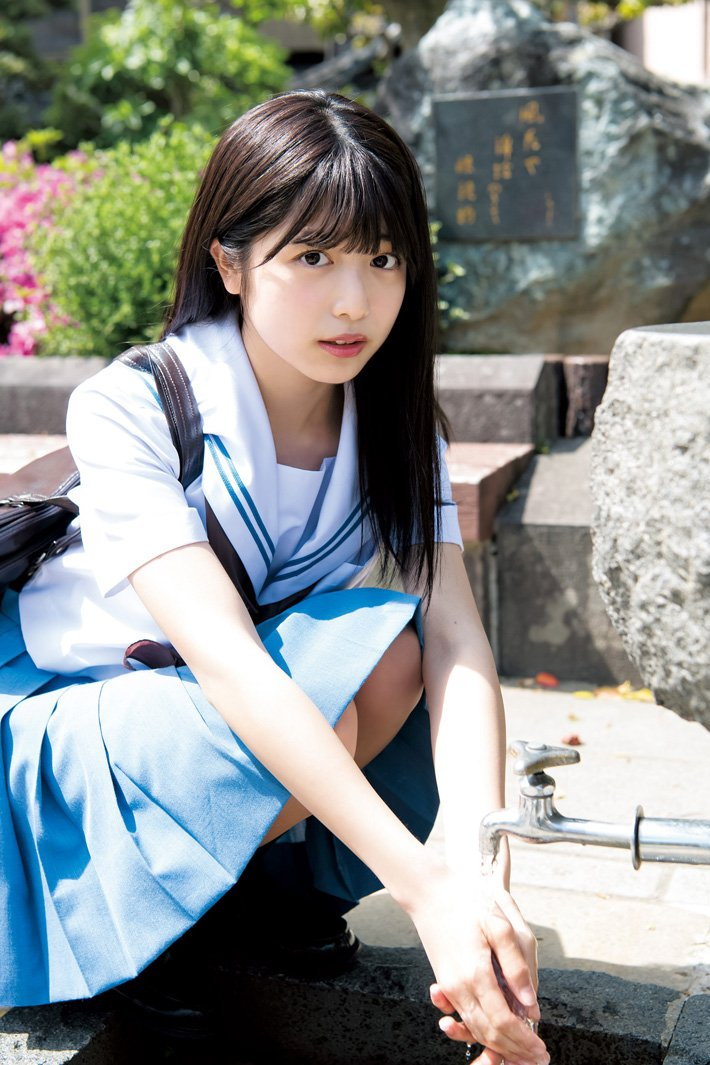【JK】「日本一かわいい高校一年生」りおちょん(16)、「ヤンジャン」グラビア登場 美ボディラインくっきり