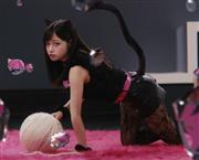 """橋本環奈""""黒猫""""で魅了「気ままなところが猫に似ているような」"""