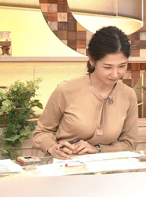 【女子アナ】桑子真帆アナ、横乳がエッロすぎるw