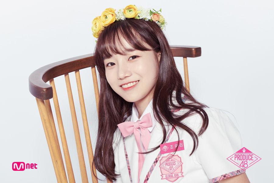 【話題】『プロデュース48』の練習生チョ・ユリ、慰安婦バッジを身に着けて出演!!