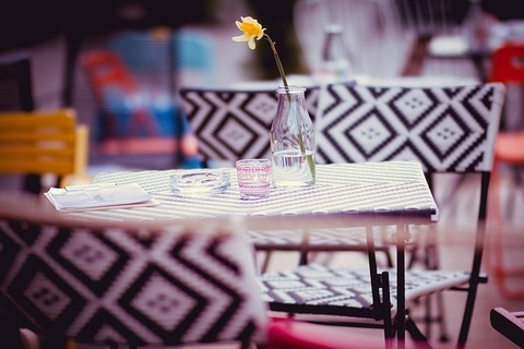 restaurant-1284365_640