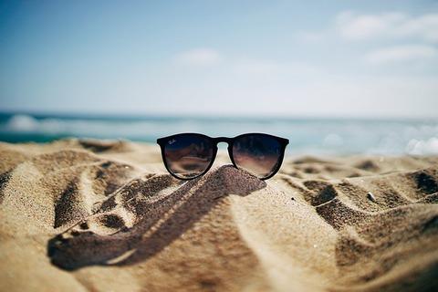 beach-1866568_640