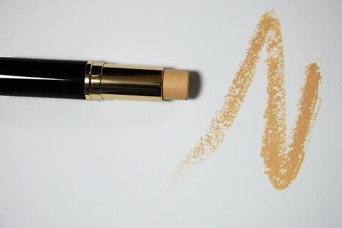 cosmetics-1144464_640_1