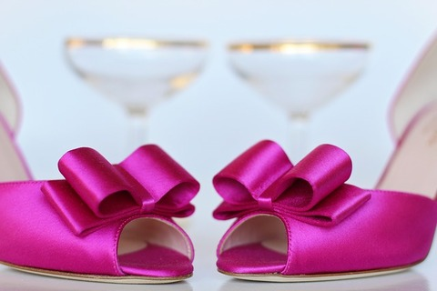 pink-shoes-2107616_640