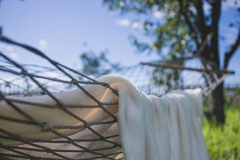 blanket-1846052_640