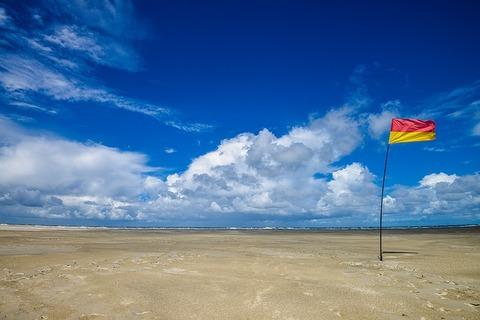 beach-1367282_640_1