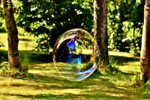 soap-bubble-2487673_640