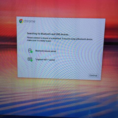 Chromebitにキーボードとマウスをつなぐ