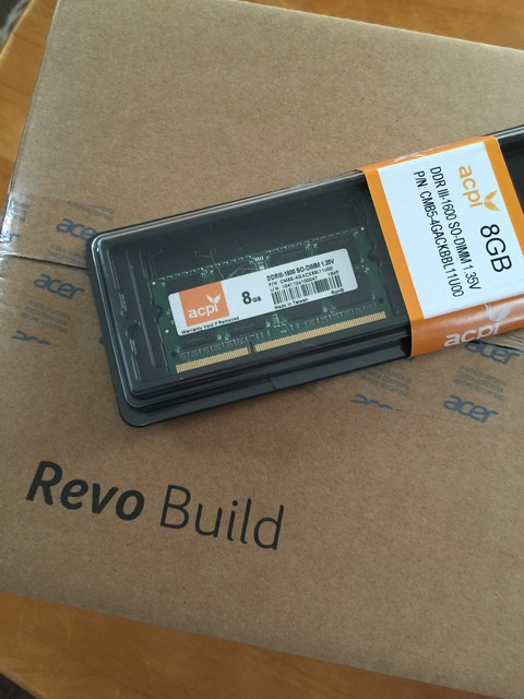 Acer Revo Buildの開封です