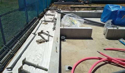 3.足場設置開始,床下給水給湯①-1