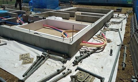 6.足場設置開始,床下給水給湯④-2