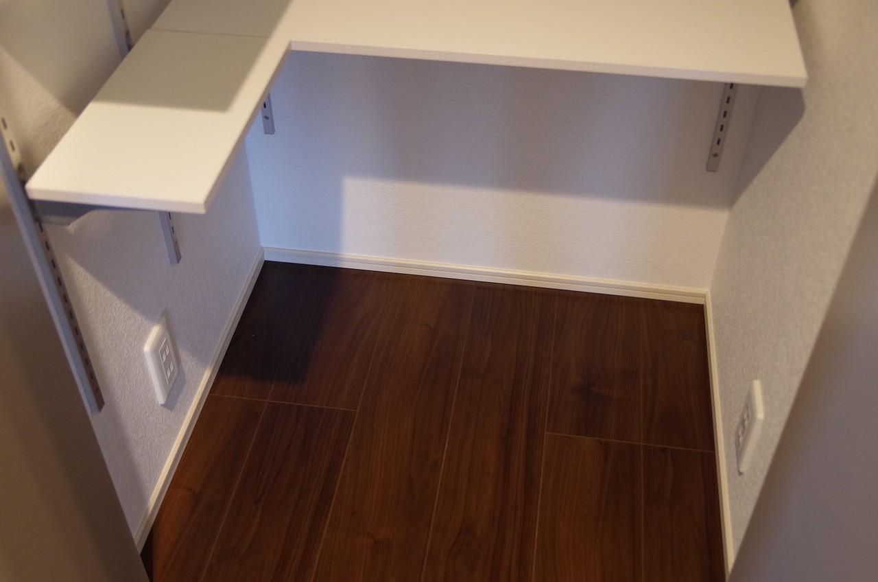 2階キッチンパントリー5