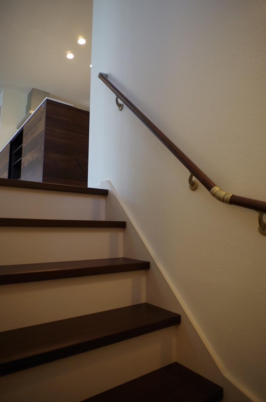 階段から2階へ1