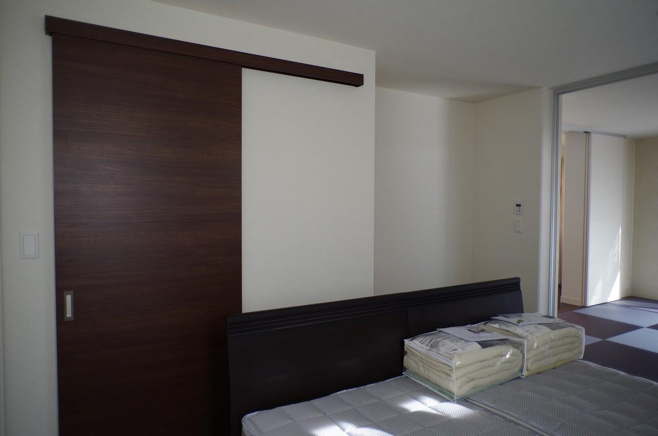 1階寝室10