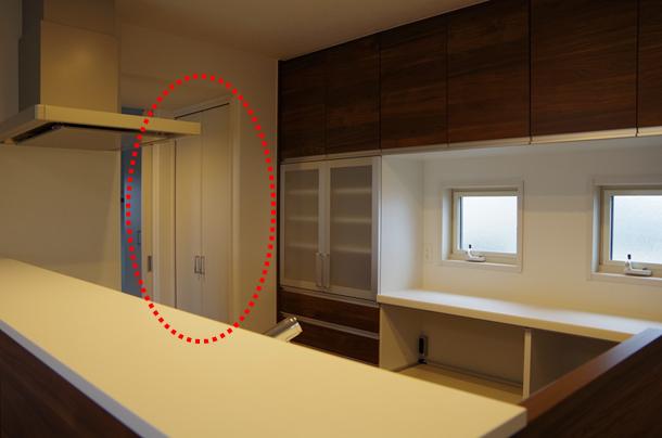 2階キッチンパントリー1