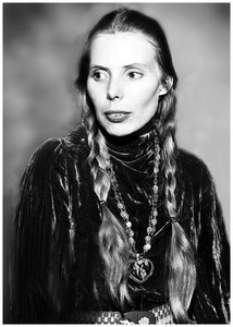 joni-mitchell-1970-getty-images-photo-dick-barnatt