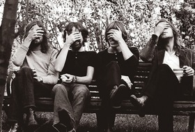 228348053-Pink_Floyd_face_palm