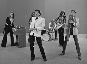 Roxy_Music_-_TopPop_1973_13