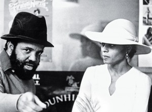 berry-gordy-and-diana-ross_400x295_24