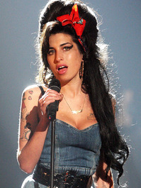 amy-winehouse-768