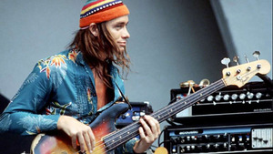 normal_Jaco-Pastorius
