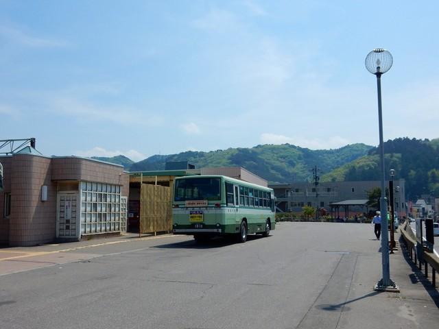 マニアの歩き方:バスの終点へ(青森県)